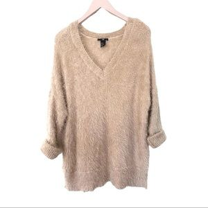 H&M Vneck Eyelash Knit Blush PulloverSweater Top M
